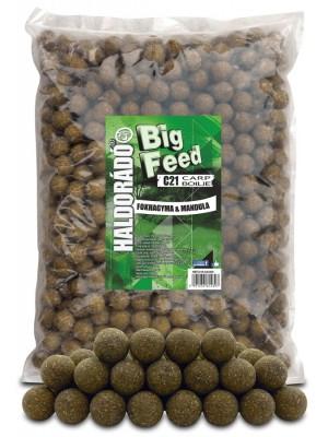 Haldorádó Big Feed - C21 Boilie 2500 g - Cesnak a Mandle